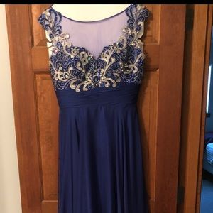 Prom and Homecoming Dresses